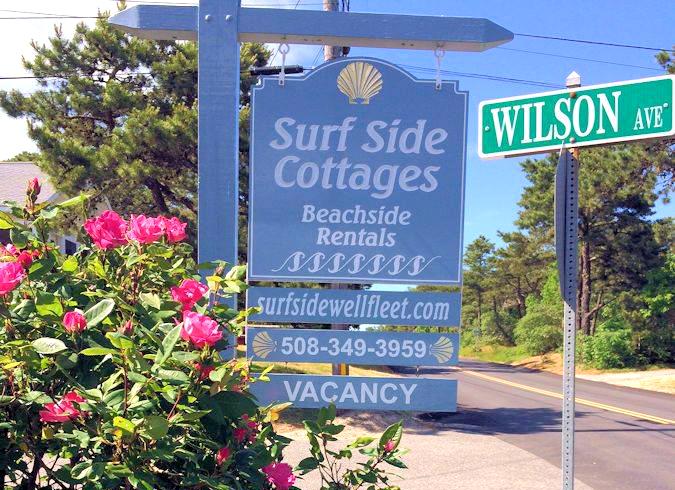 surfside-sign-Wilson_Ave